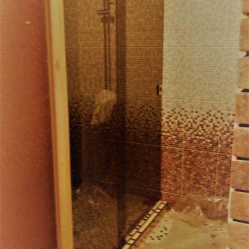 """Стеклянная перегородка в душ """"Бронза"""""""