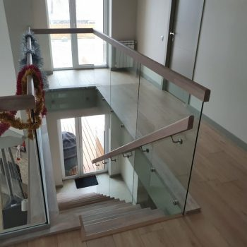 Ограждение для лестницы стеклянное