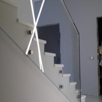 Ограждение из осветленного стекла